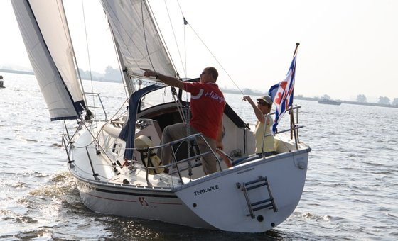 Friendship 26 sport - Breeze for hire