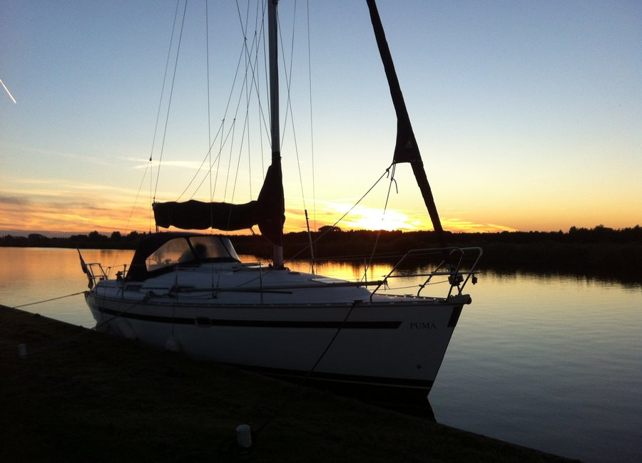 Sailboat rental in the Netherlands
